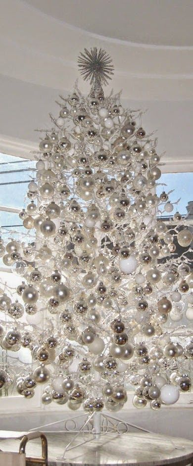 37 Awesome Silver And White Christmas Tree Decorating Ideas - white christmas tree decorations