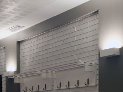 Applique rectangulaire en plâtre blanc hauteur 75cm Eaco konyha