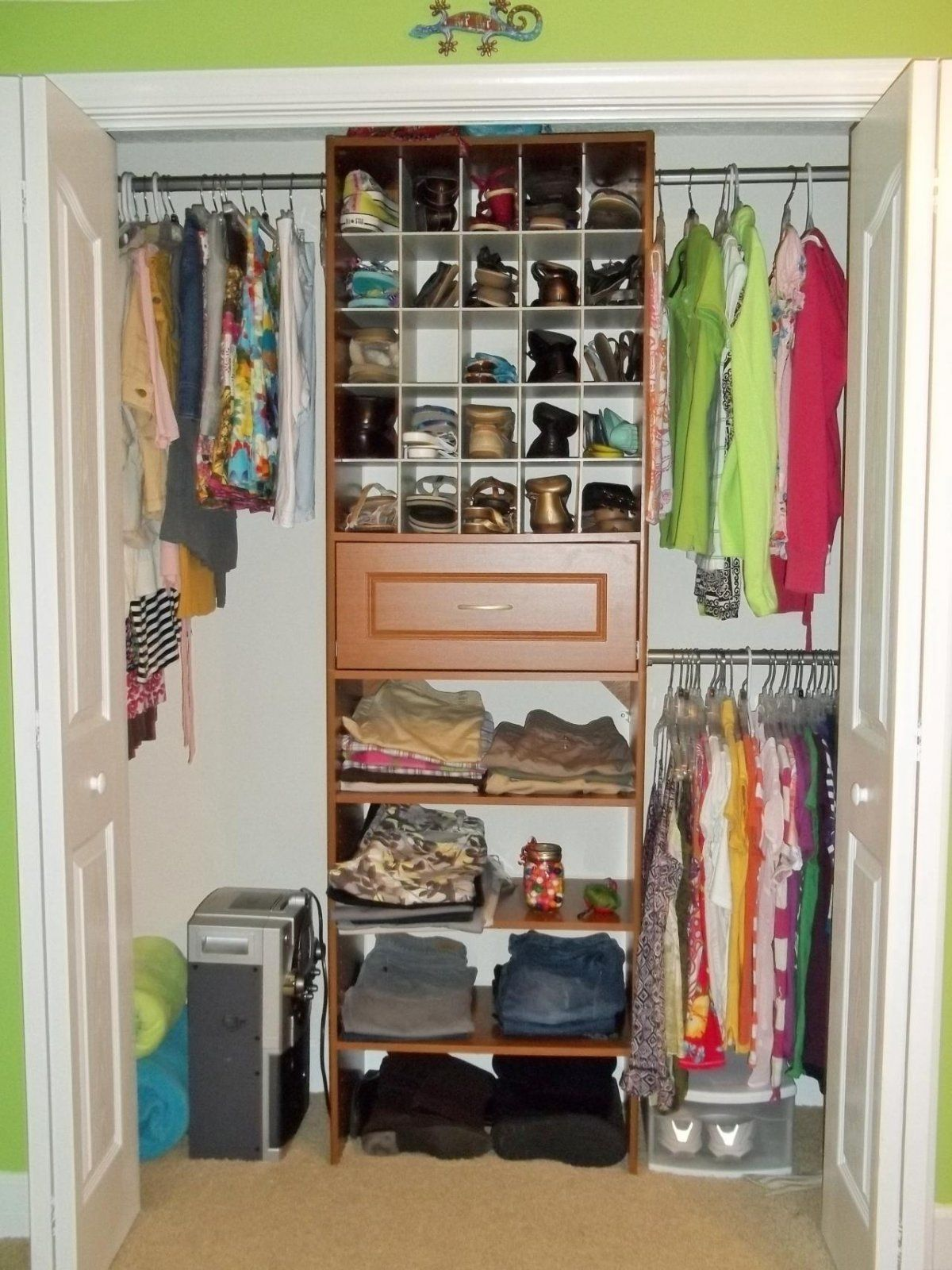 Diy Small Bedroom Closet Ideas Bdeaff For Your Hallway With How Organize Int Bedroom Organization Closet Closet Small Bedroom Small Closet Organization Bedroom