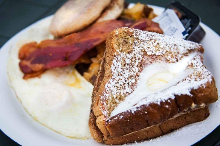 Breakfast is the most important meal of the day...right? These 12 Atlanta breakfast spots are some of the best, but you'll definitely have to wait a little while for a table. My solution? Surfing the web on the thousands of free XFINITY WiFi hotspots in the ATL: http://hotspots.wifi.xfinity.com/