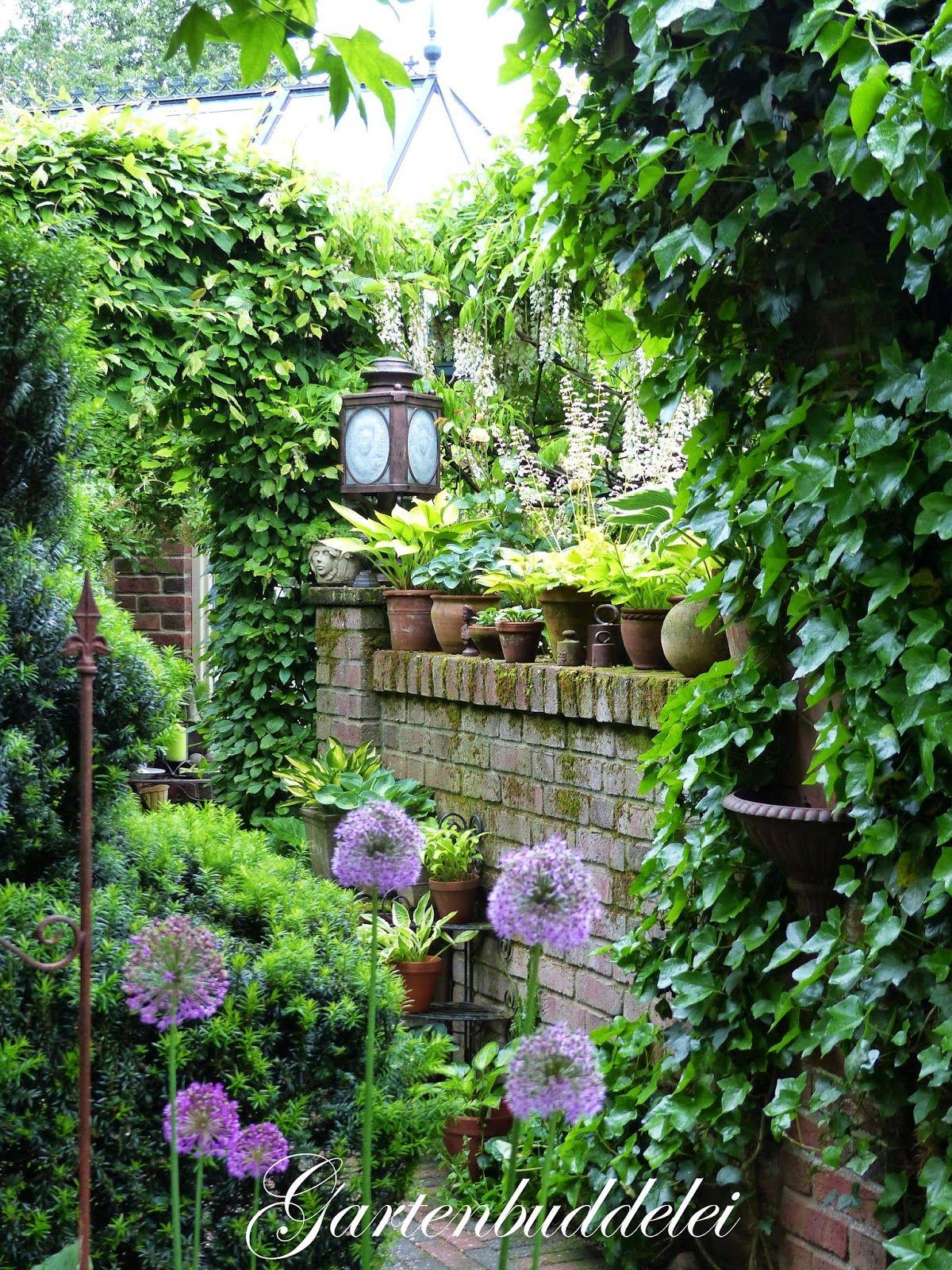 Gartenbuddelei 10jahriges Jubilaum Im Garten Picker Garten Vorgarten Ideen Naturgarten