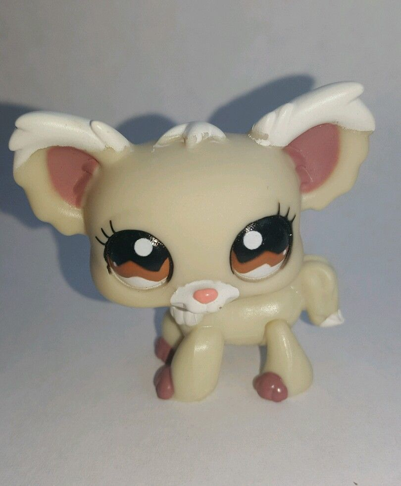 Littlest Pet Shop Puppy Tan Cream Chihuahua Dog Brown Eyes 1199