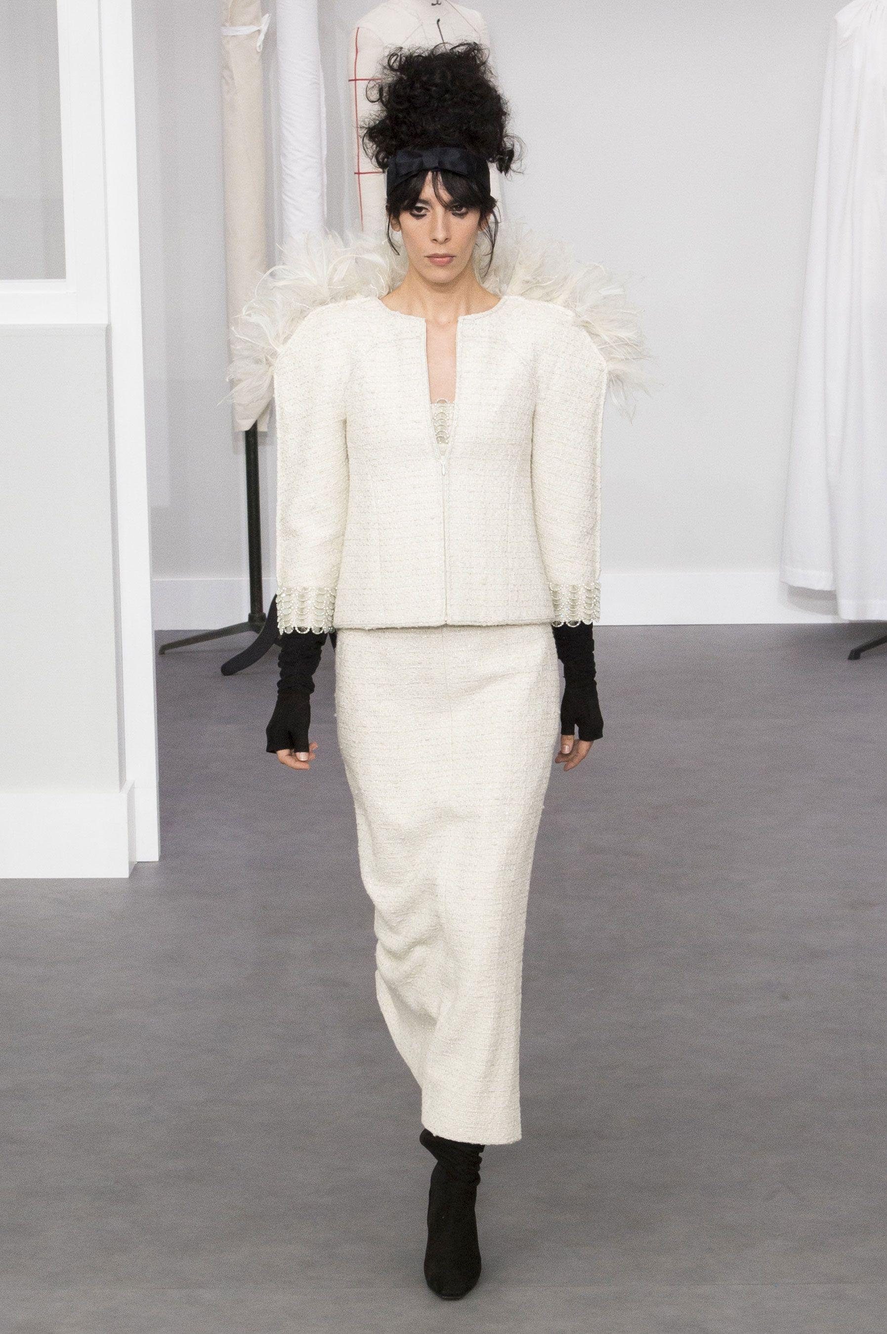 Chanel couture autumn/winter 2016 - HarpersBAZAAR.co.uk