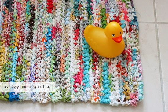 Crazy Mom Quilts How To Crochet A Rag Rug With Fabric Yarn Rag Rug Fabric Yarn Crochet Rag Rug