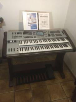 Orgel Böhm Overture Stage in Bochum - Bochum-Südwest | Musikinstrumente und Zubehör gebraucht kaufen | eBay Kleinanzeigen