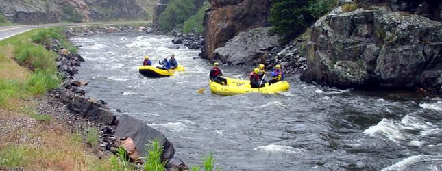 Poudre River Rafting near fort collins