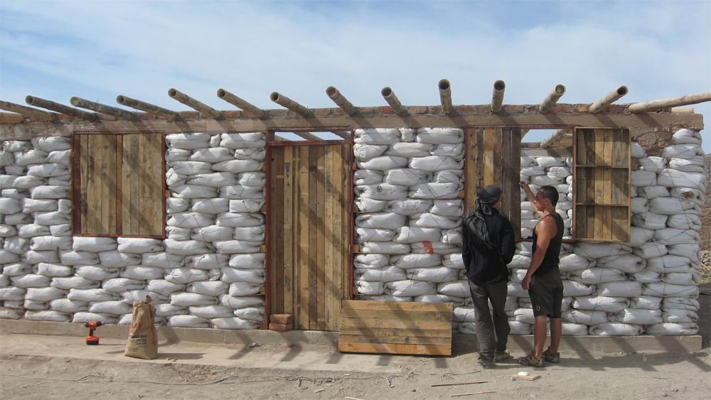 Earthbag House in the Us Despite the success of these tests - faire des travaux dans sa maison
