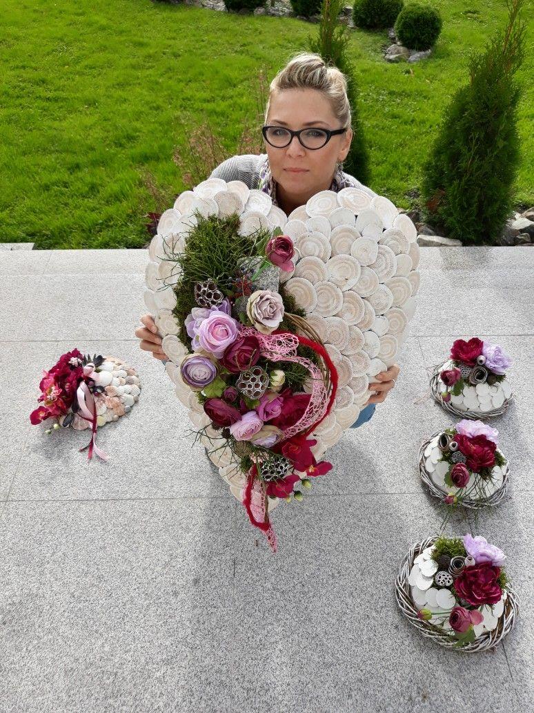 Serce Na Grob Dekoracja Na Grob Florystyka Funeralna Funeral Floral Arrangements Funeral Floral Funeral Flower Arrangements