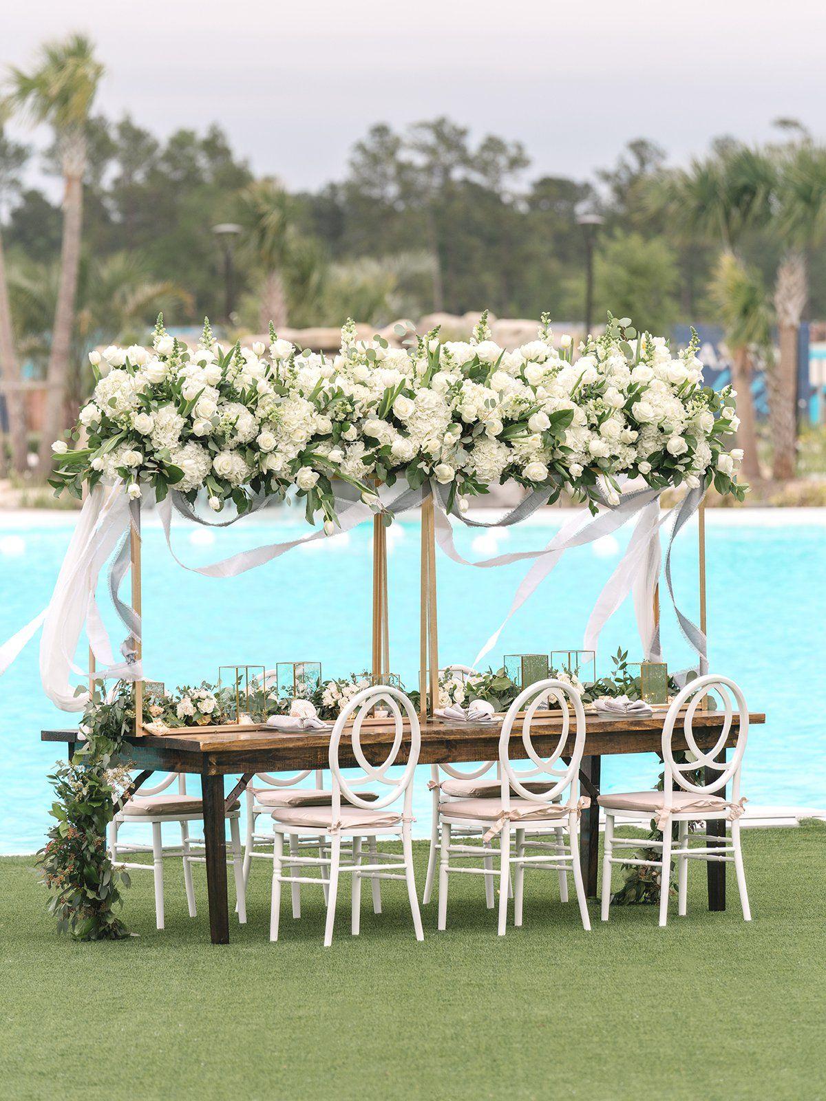gorgeous destination wedding theme idea - decor, tablescapes