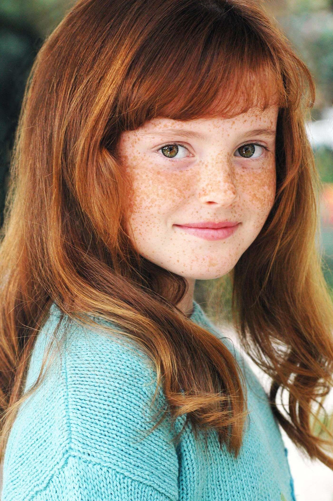 Tiny redhead se