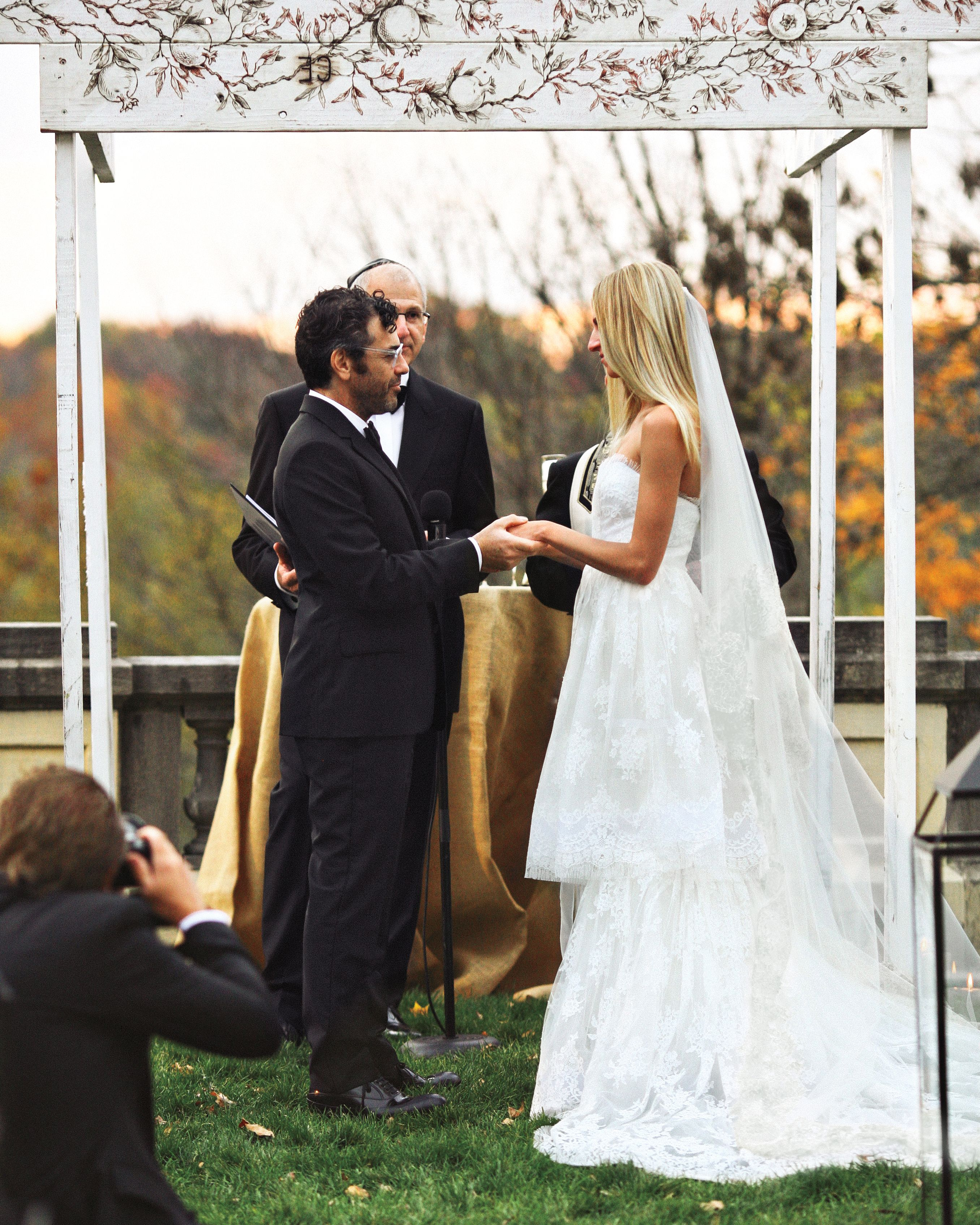9 Things to Know About Writing Your Wedding Vows Wedding