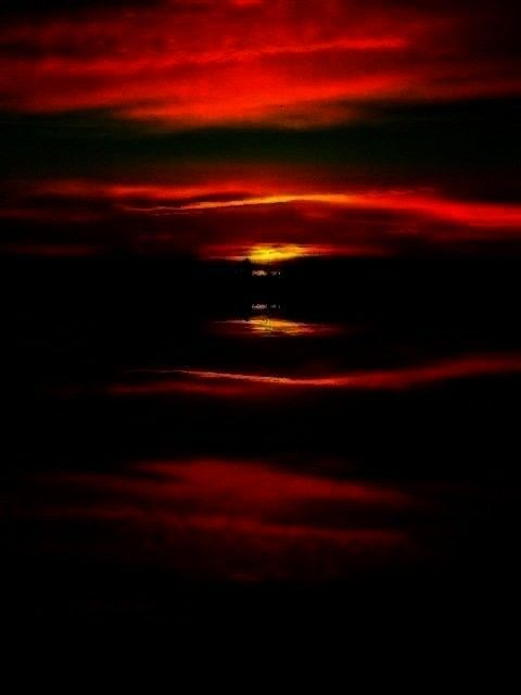 Sunsets & Sunrises -Surreal Sunrise   - Sunsets & Sunrises -  - Sunsets & Sunrises -Surreal Sunrise