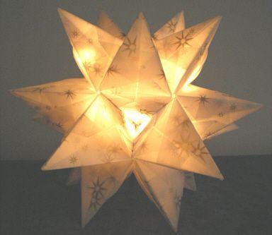 beleuchteter bascetta stern made by bastelversand decorative lighting basteln bastelversand. Black Bedroom Furniture Sets. Home Design Ideas