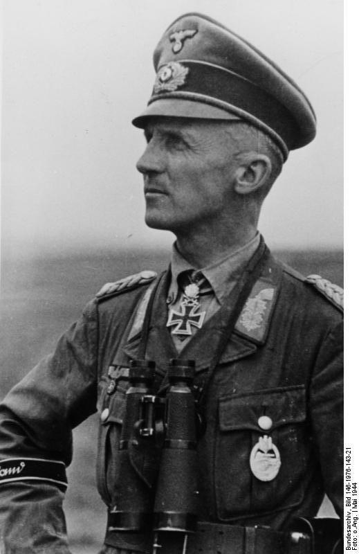 a944e4a1c42 Wehrmacht Panzer General Hasso von Manteuffel German Uniforms