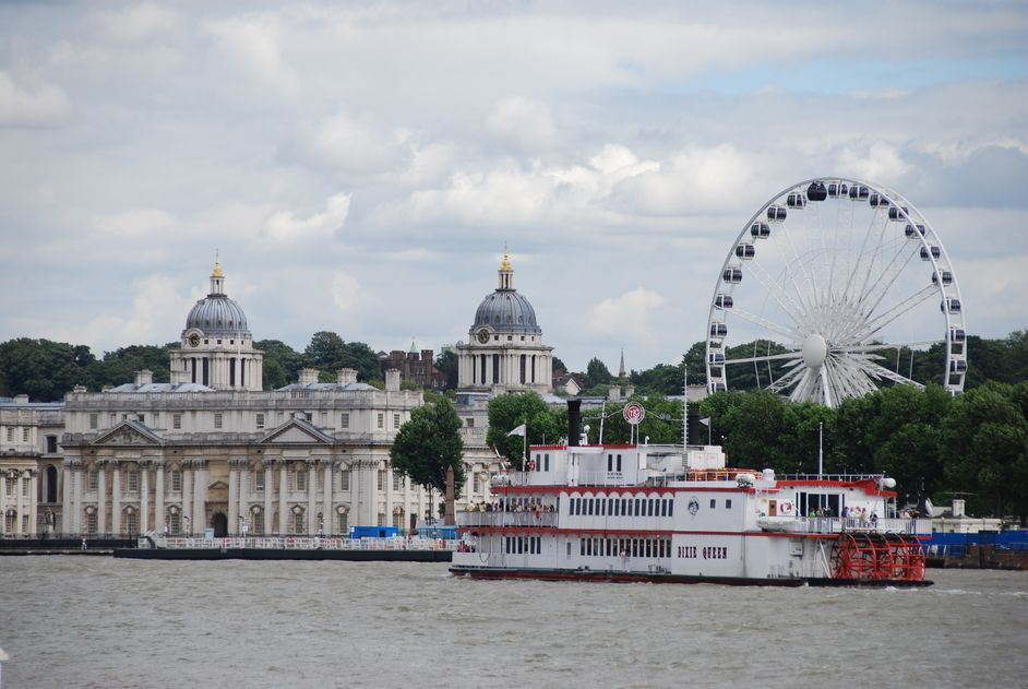 Greenwich Pier in London | Nearby hotels, shops and restaurants ...