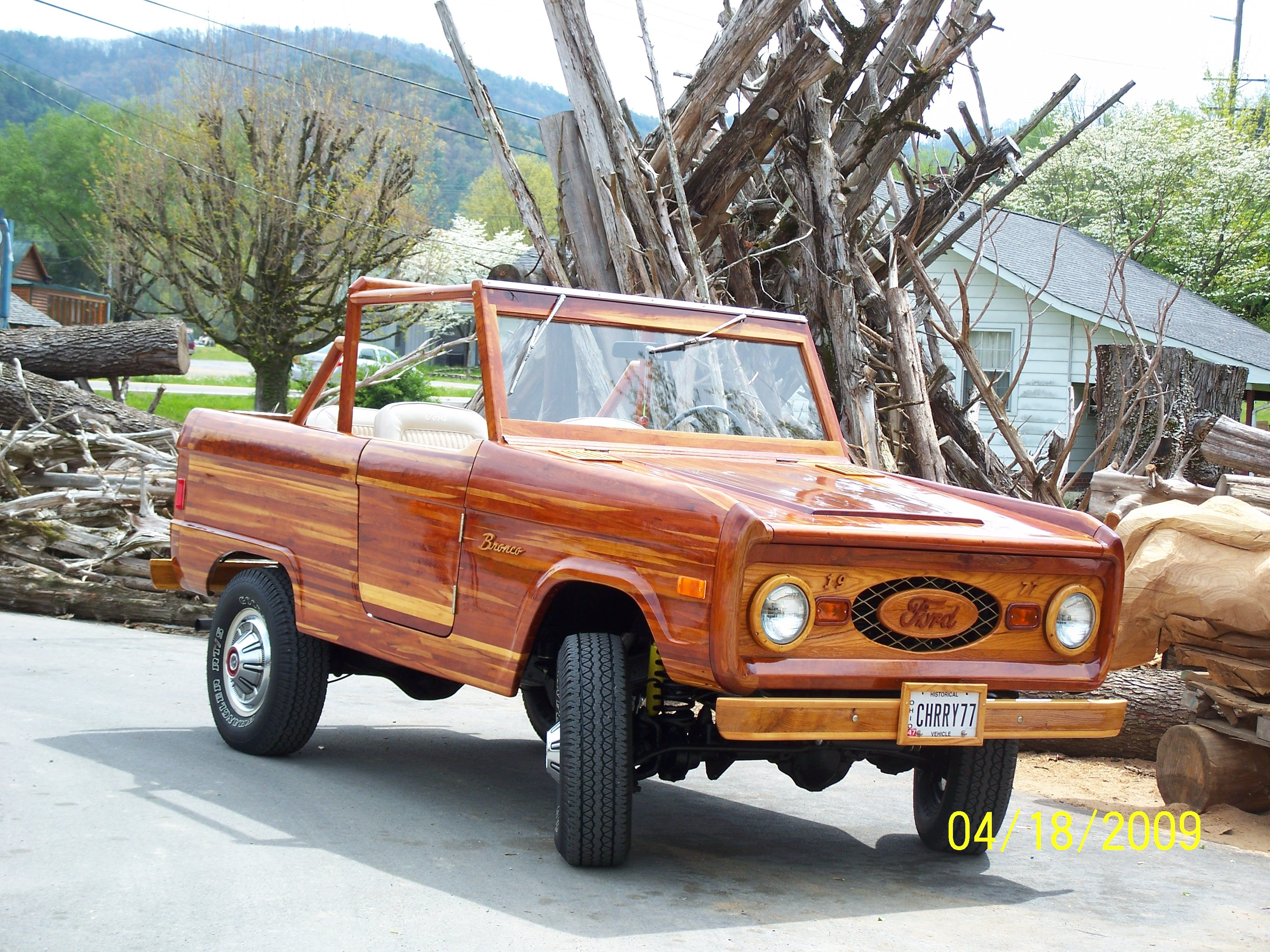 1977 Ford Bronco At Bronco Driver Show Townsend Tn Ford Bronco Wooden Car Bronco