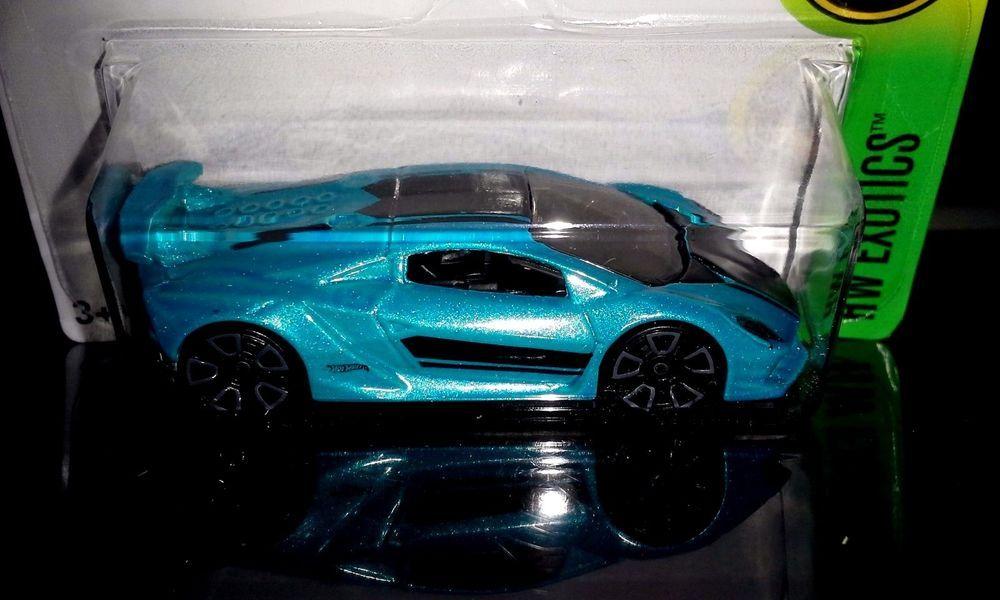 Hot Wheels 2016 Exotics 10 10 Lamborghini Sesto Elemento Blue