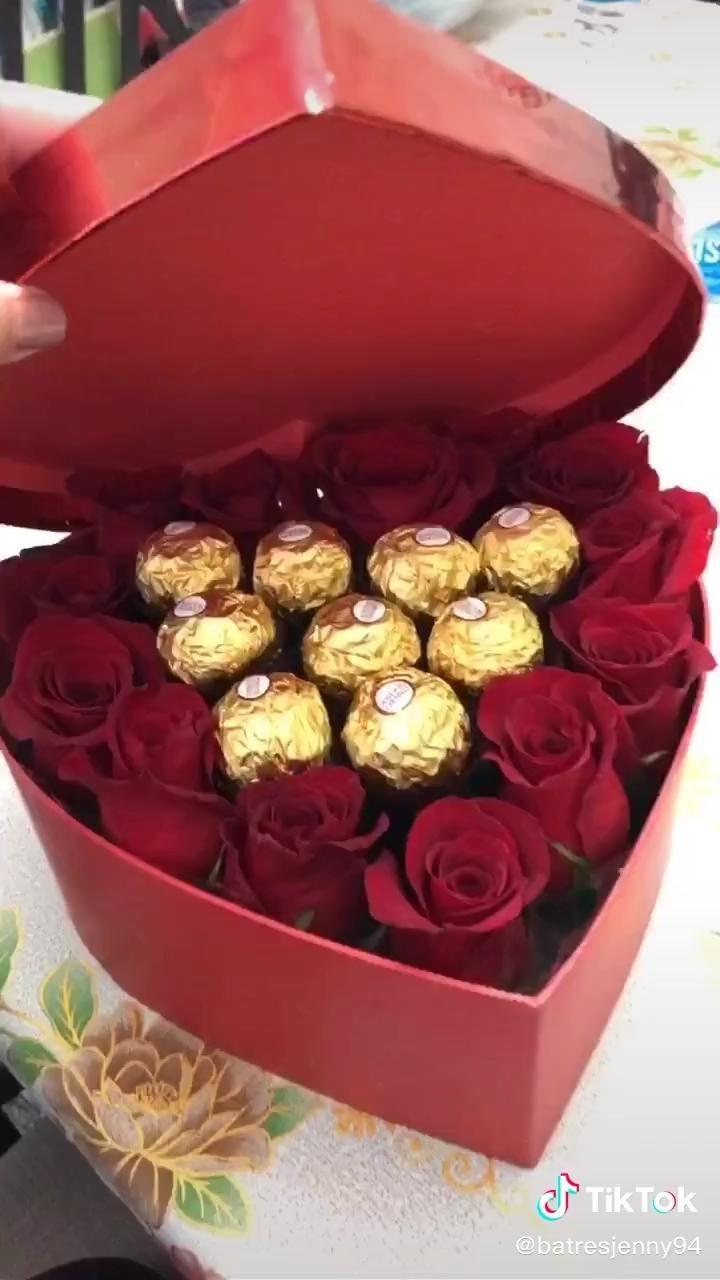 Pin By Stephany On Tik Tok Video Diy Valentines Gifts Diy Valentines Decorations Diy Birthday Gifts