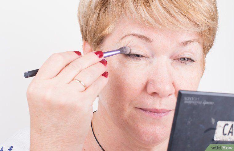 Apply Eye Makeup For Women Over 50 Make Up Pinterest Makeup