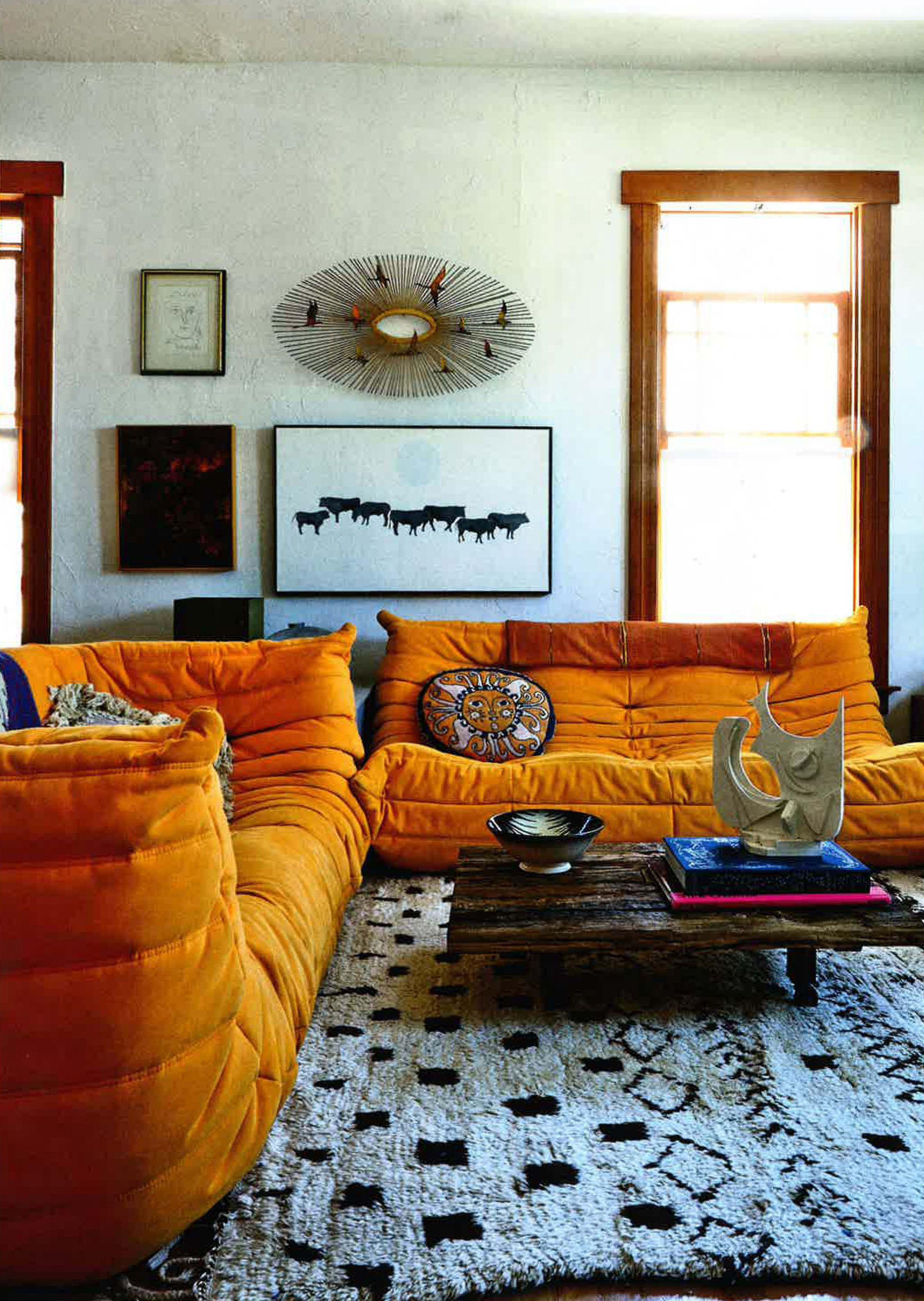 elle decoration august 2015 shayne blue 39 s los angeles home photography martin lof orange togo. Black Bedroom Furniture Sets. Home Design Ideas