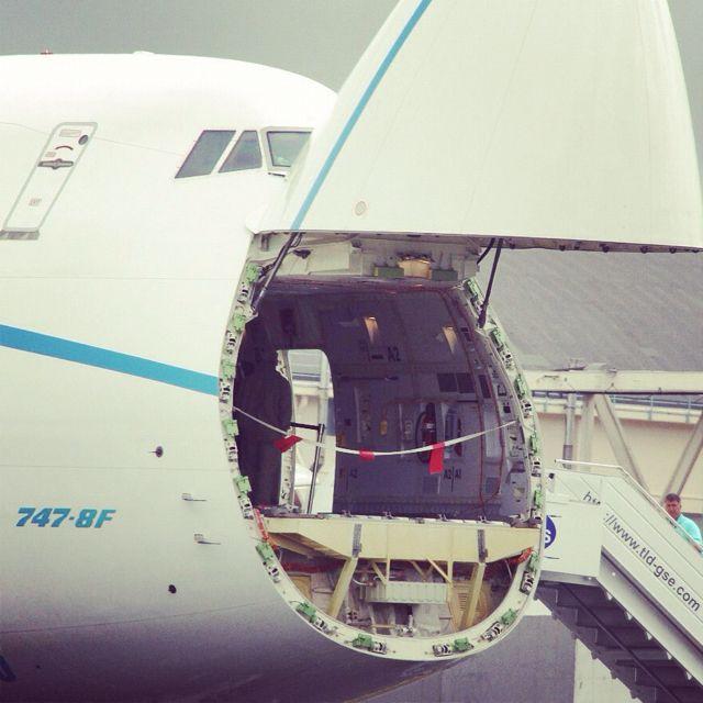 Boeing 747-8F Nose Cargo Door Open & Boeing 747-8F Nose Cargo Door Open | Aviator | Pinterest | Boeing ...