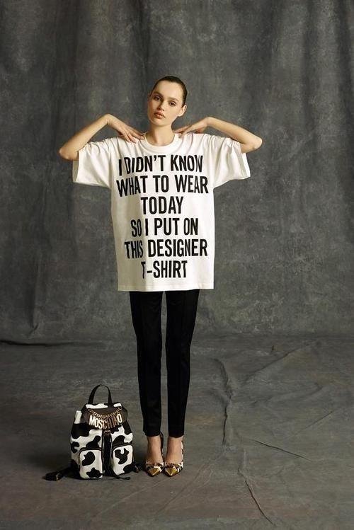 #Fashion. Catwalk. #Moschino. T-shirt. Slogan. Oversized.