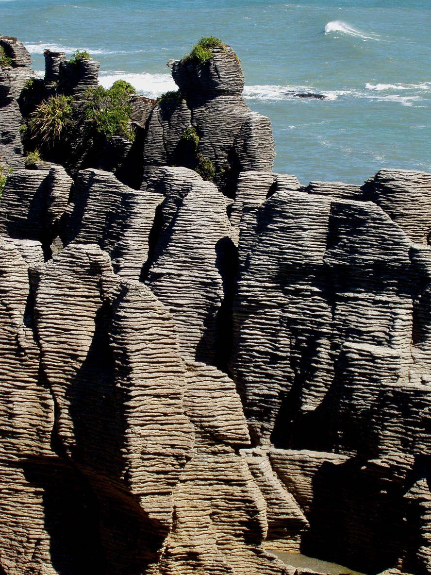 West Coast Kia >> Pancake Rocks Punakaiki, West Coast, South Island, New Zealand. The limestone rock formation ...