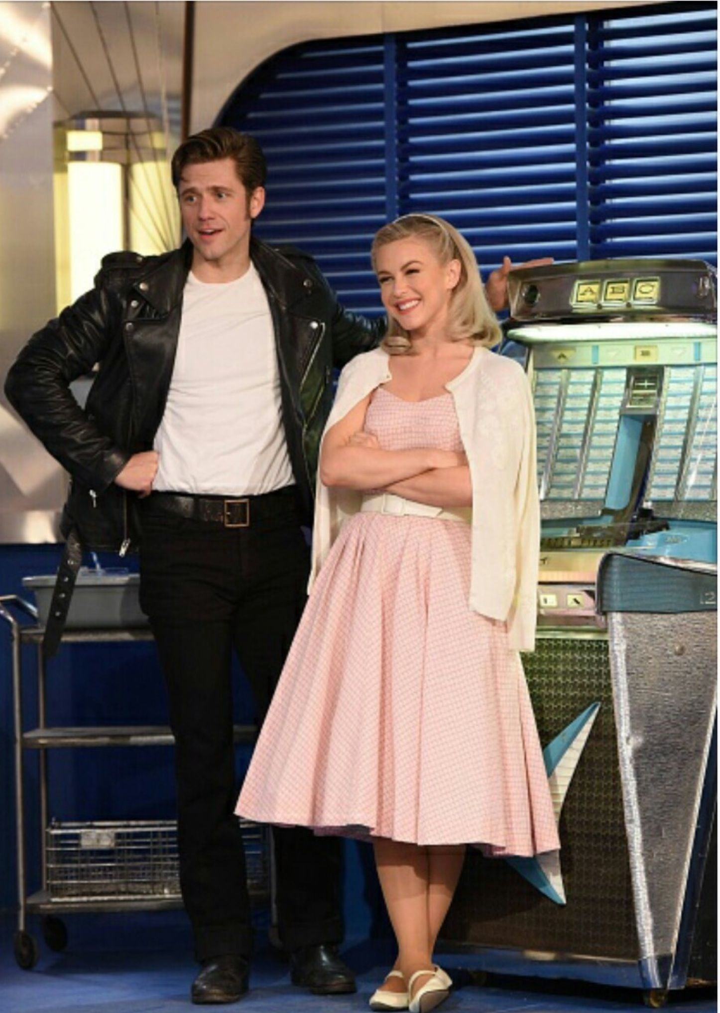 Aaron Tveit Amp Julianne Hough Musicals Grease Halloween