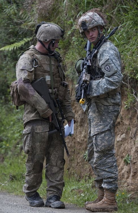 U S  Army soldiers with the 25th Infantry Division, and New
