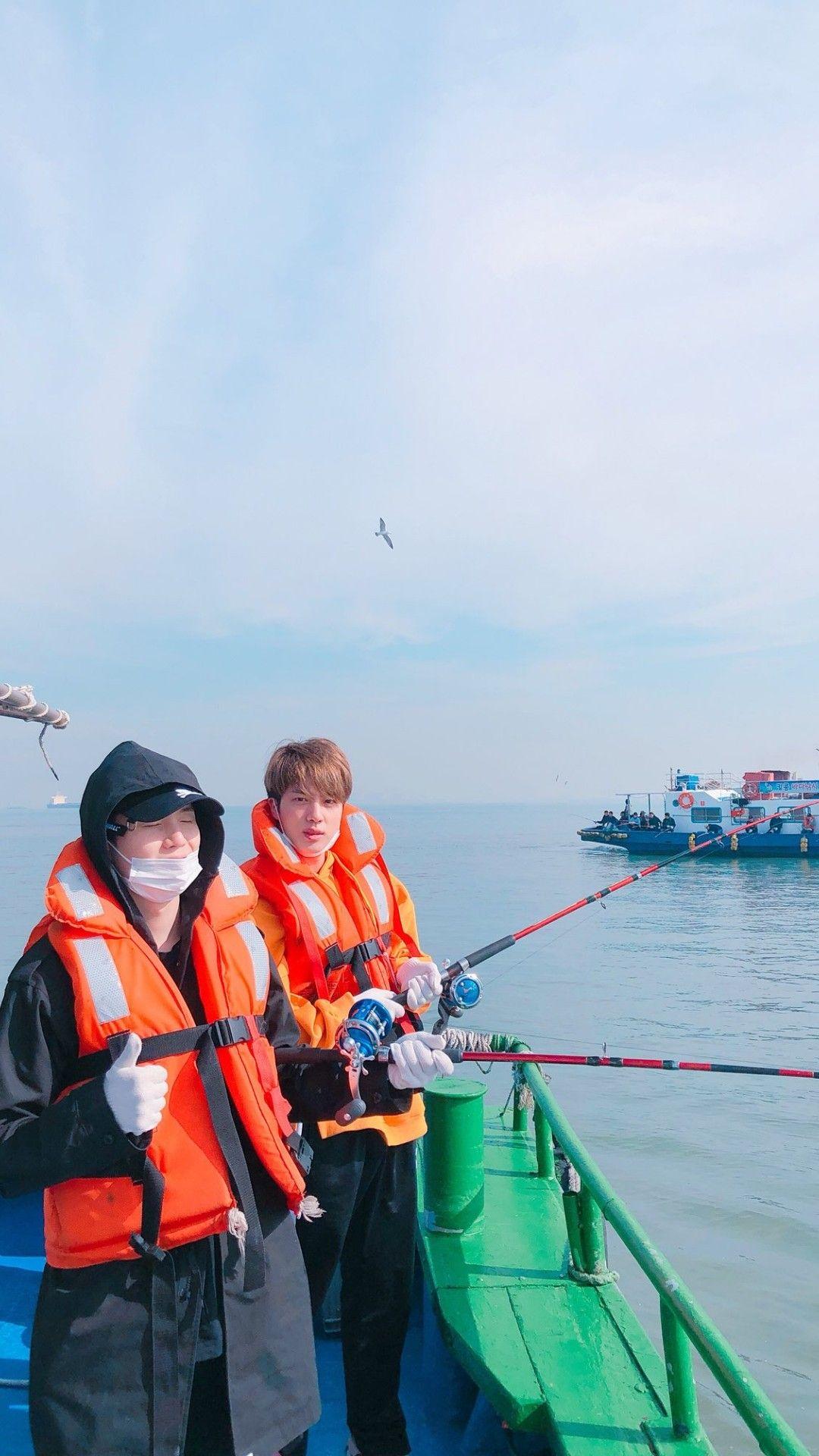 Sin Sujin Yoonjin Suga Seokjin Fishing Hd Lockscreen Wallpaper Cute Bts Seokjin Bts Bts Pictures Bts Photo