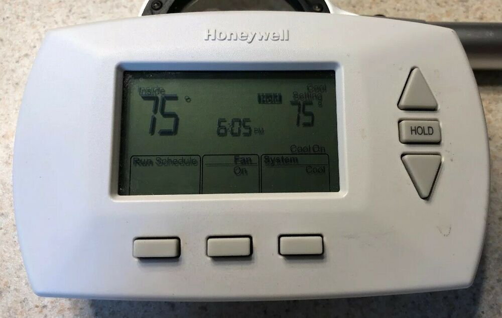 Honeywell RTH6450D1009 52 day Programable Thermostat