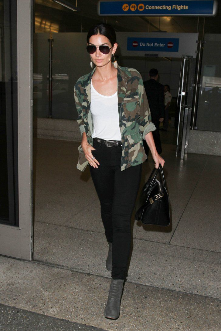 Pin for Later: 30+ Practical Tips You Can Take From the Most Stylish Supermodel Airport Outfits Lily Aldridge Camo looks cool and functional when you're on the go. Let it speak for itself when you layer it over a white tee.
