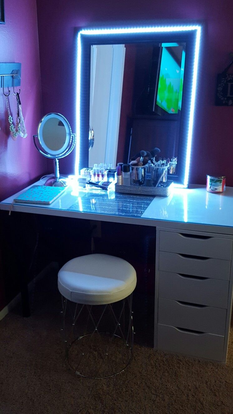 D.I.Y Led Strip Lights For Vanity Mirror.