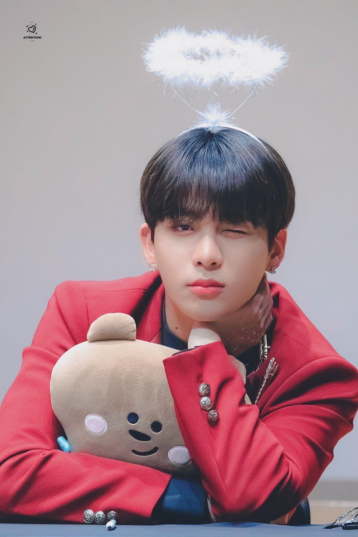 Jongho in 2020 Funny kpop memes, Boy bands, Kpop
