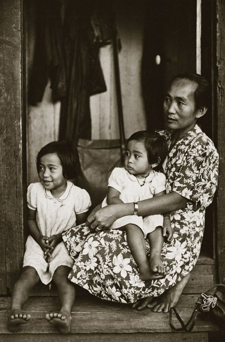 photo essay everyday life in th century honolulu photo essay hawaii