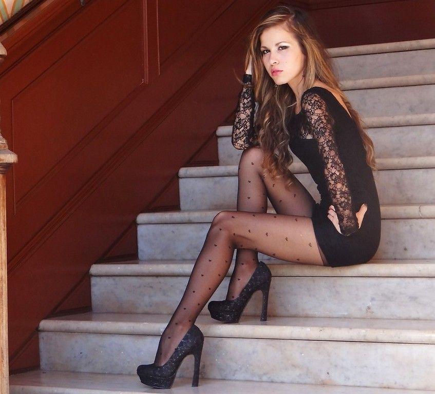 As seen on Legs.BZ website. | Legs, Feet, Nylons. | Pinterest