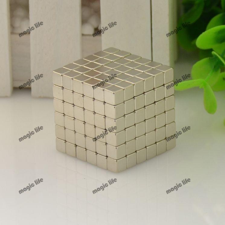 Trzy rozmiar magiczne zabawki puzzle cube kulki