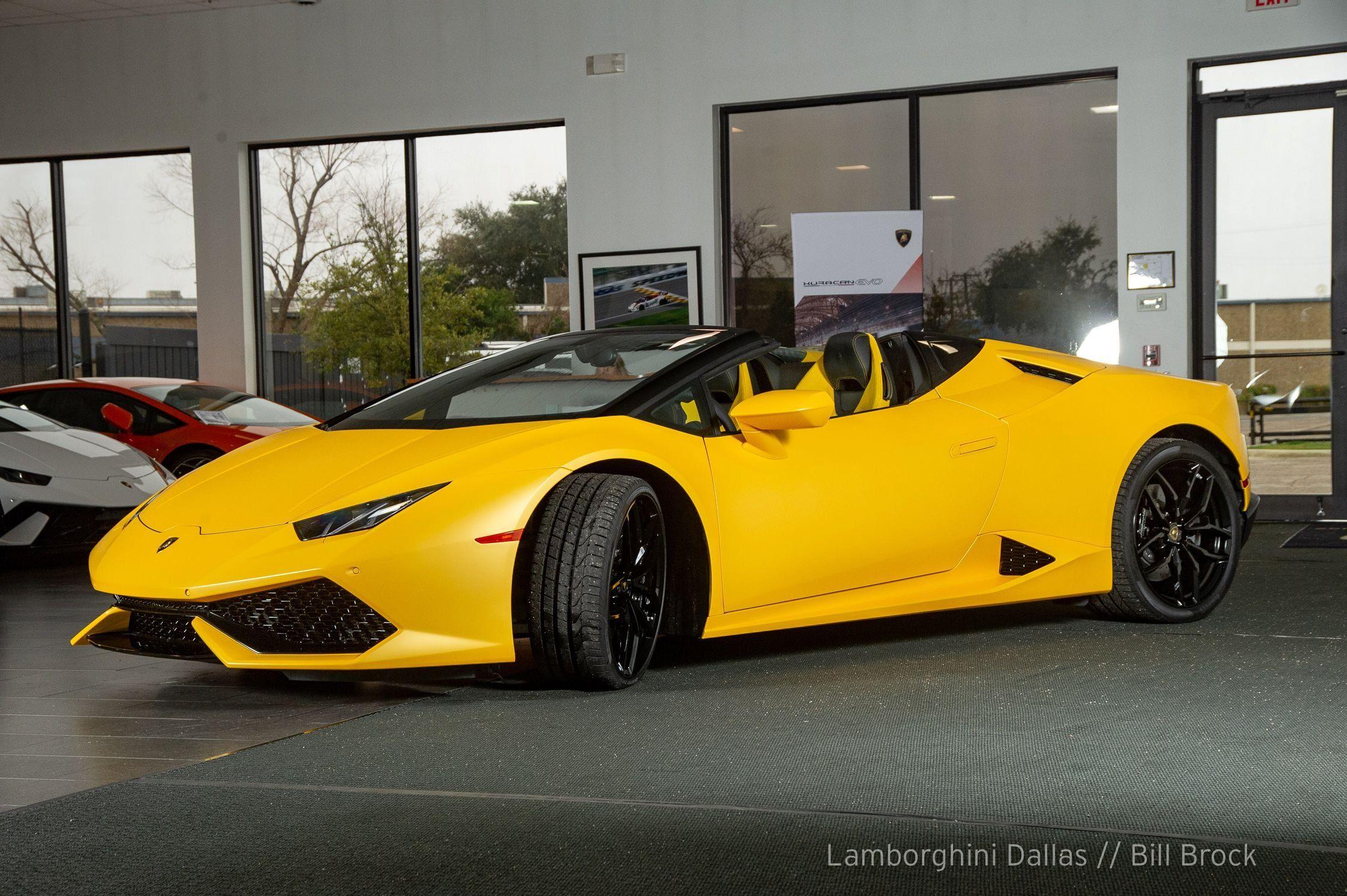 2016 Lamborghini Huracan Lp610 4 Spyder Lamborghini Dallas United States For Sale On Luxurypulse Lamborghini Huracan Lamborghini Lamborghini Dallas