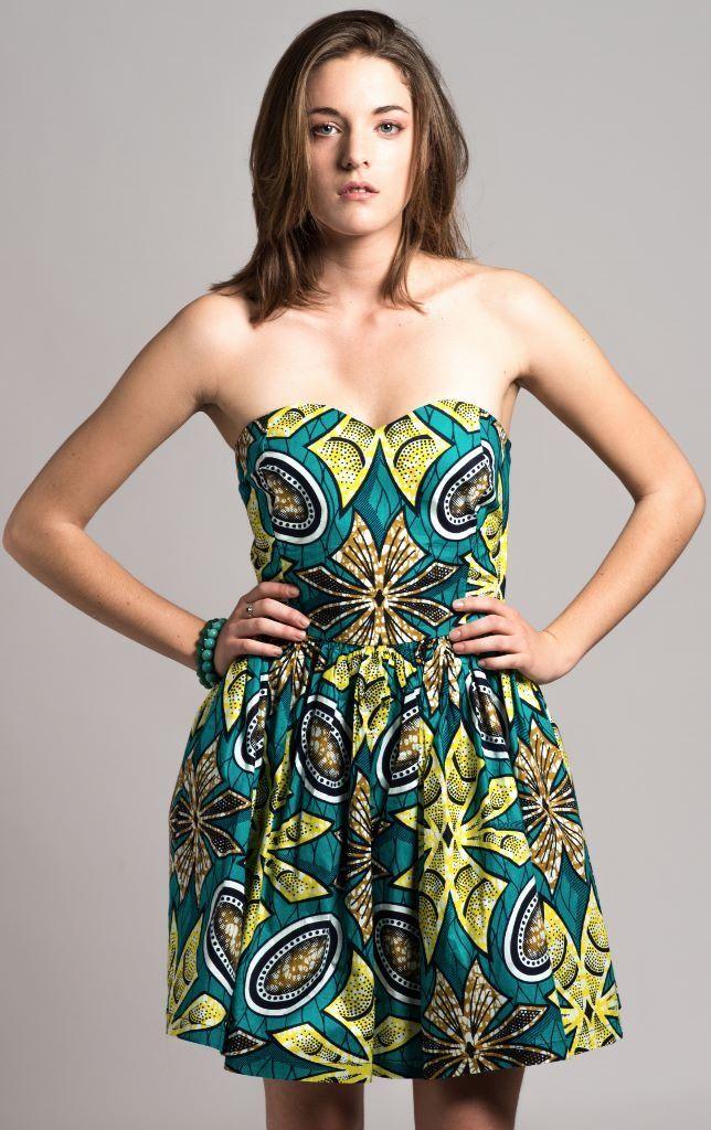 Mini robe bustier rigidifier en wax n°2  Robe par openya,couture