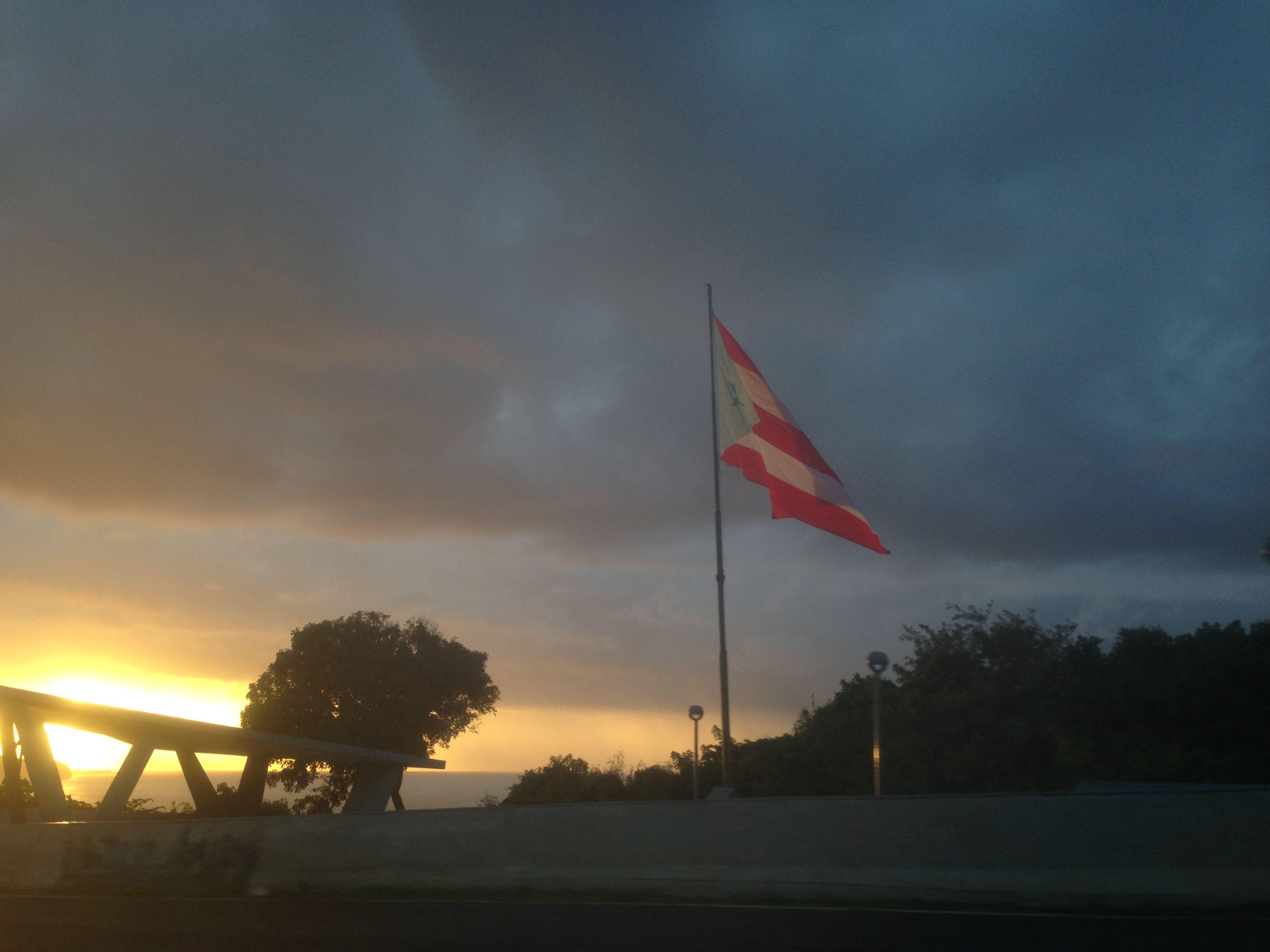 El Guajataca, Puerto Rico  Foto de Jovy