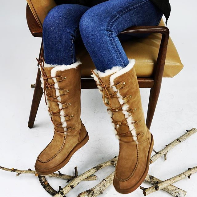 These Boots Are Just Divine Uggs Winteriscoming Cozy Luxury