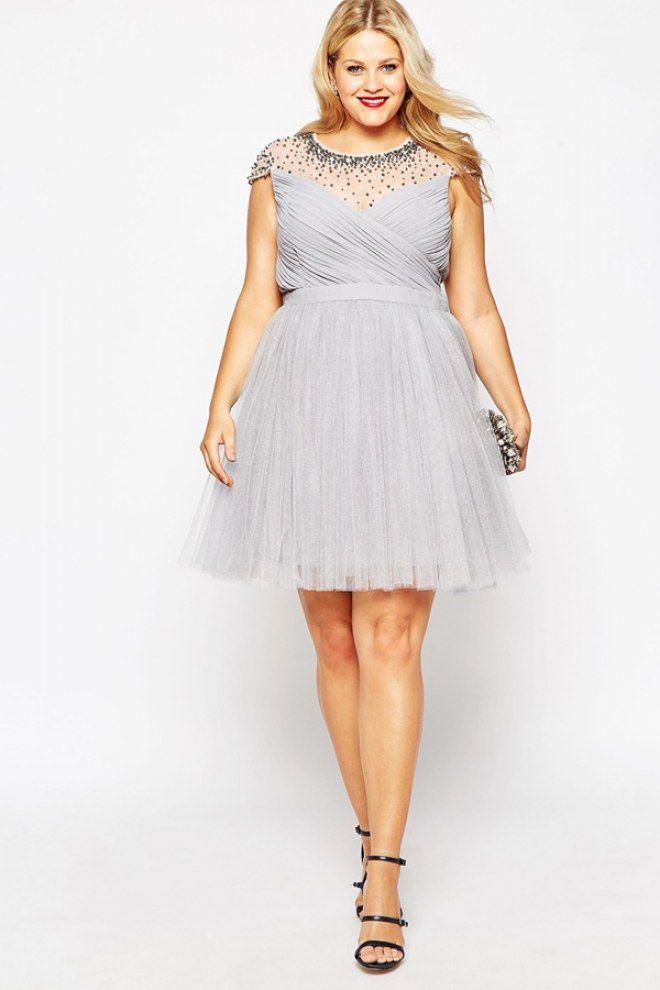Abendkleider für Mollige: In diesen Glamour-Outfits sehen Kurven ...