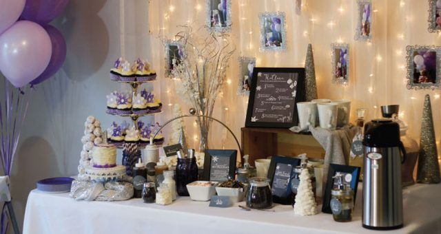 Tips to Throw an EPIC Hot Chocolate Bar Party #hotchocolatebar
