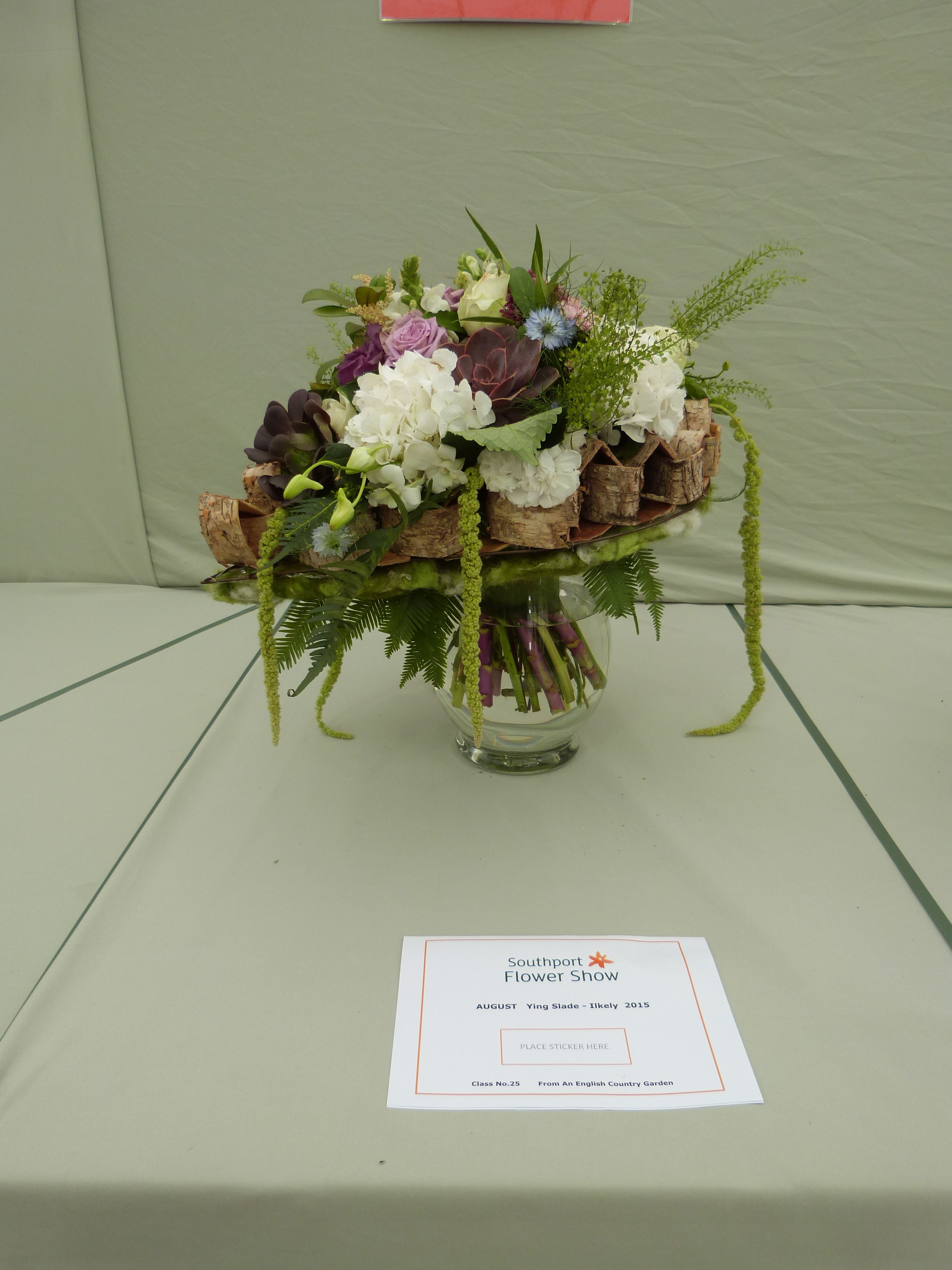 Class 25 - \'bride bouquet \' from English country garden in Floristry ...