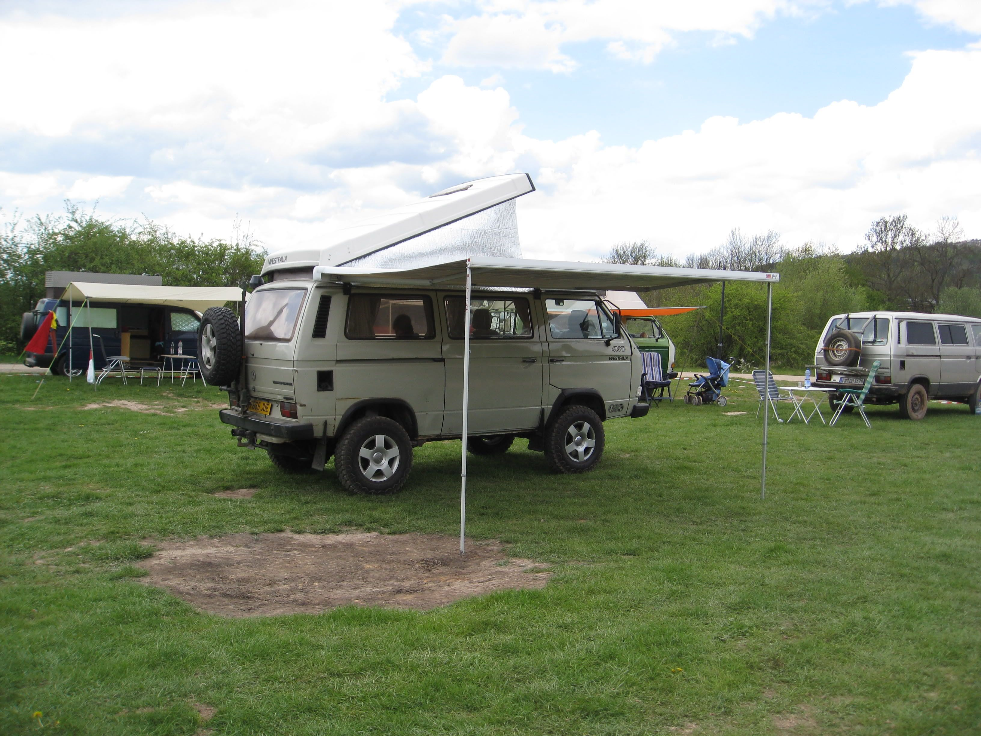 Here's Limey parked up with the latest aquisition, a 3.5 meter Fiamma F45i. I need to buy another bracket to keep it steady as mentioned ear...