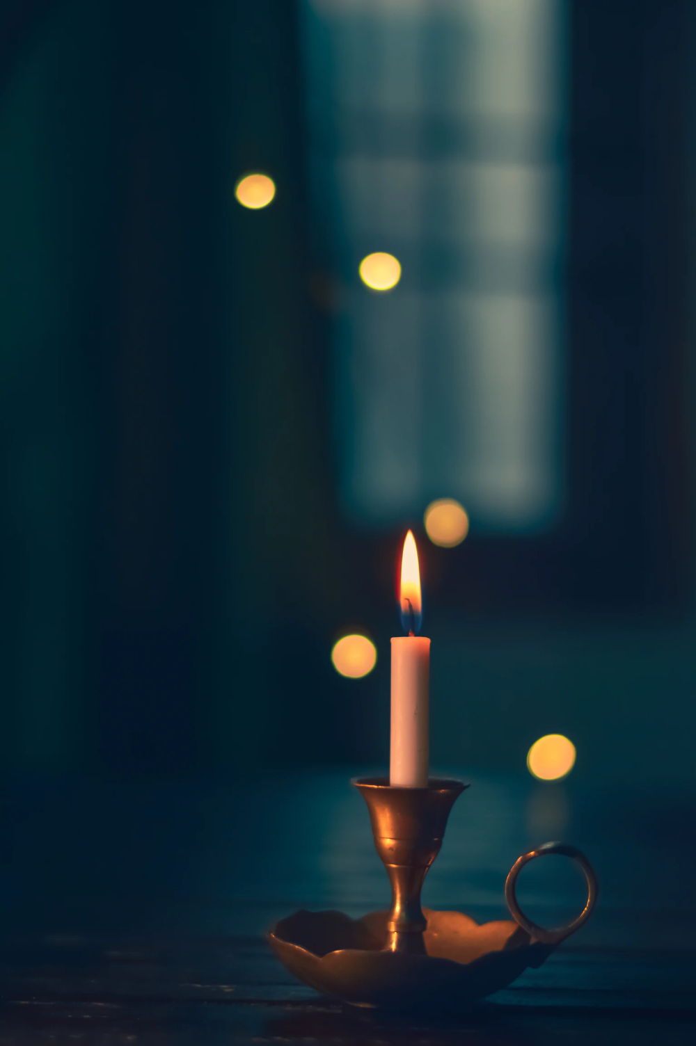 White Candle Lit On Brass Candle Holder Photo Free Candle Image On Unsplash Candles Wallpaper Candle Photography Dark Candles Photography