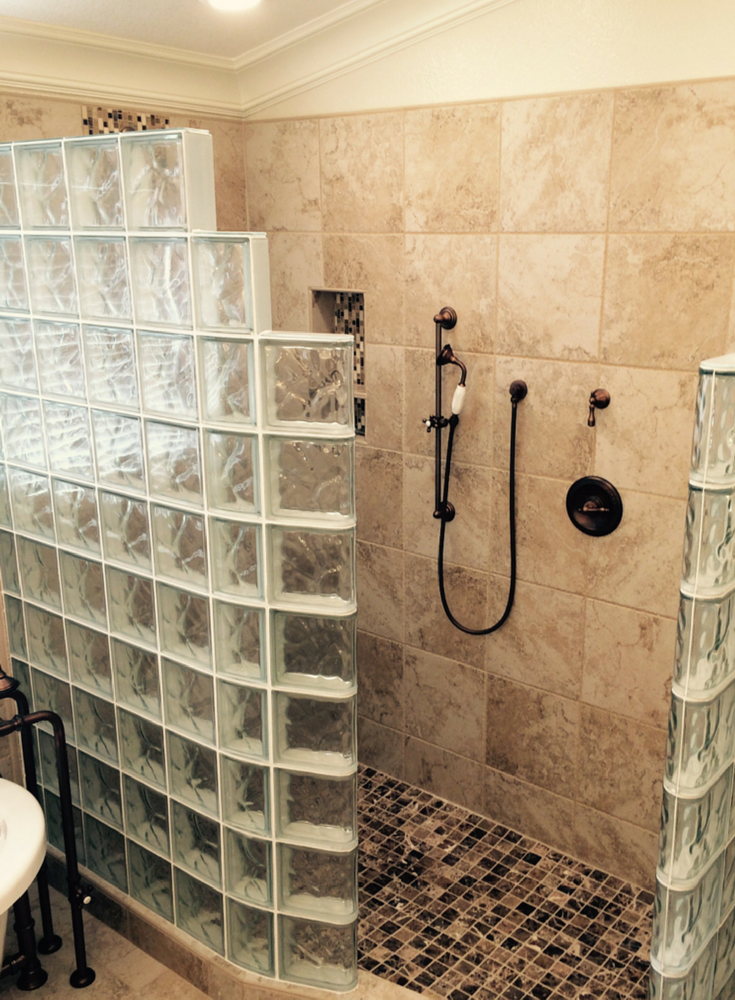 Glass Blocks And Glass Bricks What S Hot And What S Not Today Glass Block Shower Glass Blocks Glass Blocks Wall