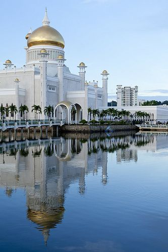Mosque in Bandar Seri Begawan, Brunei.  Follow us on Twitter @: https://twitter.com/ZakiFoundation