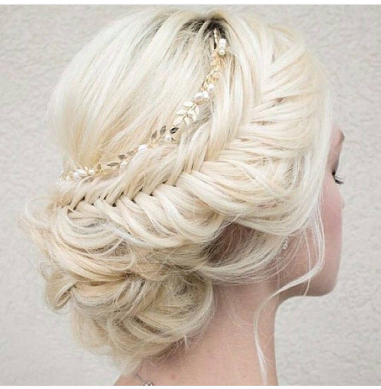 Pin by Uyen Holy on Hair | Pinterest | Bun updo, Hair style and Updo