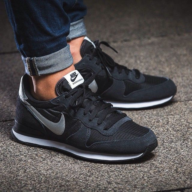 hot sale online f9e9d 09327 womens black nike internationalist trainers - Google Search Nike Shox, Nike  Flyknit, Nike Huarache